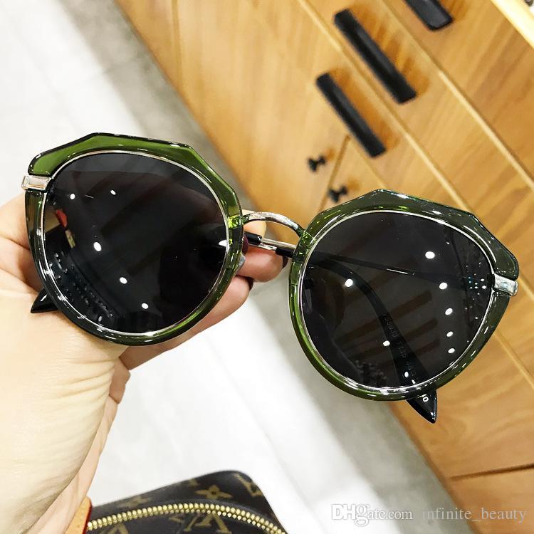 dca8f76e0f9d9 2018 Top Brand Designer Women Luxury Driver Sunglasses Polarized Glasses Anti  Glare Anti UV UV400 Fashion Sunglass Round Glasses Designer Glasses From ...