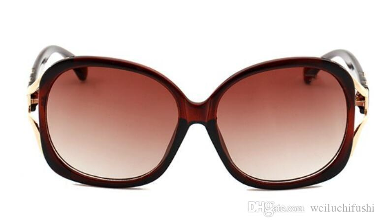 star trendy Sunglasses with the same type of rice nail European and American fashion sunglasses 9089