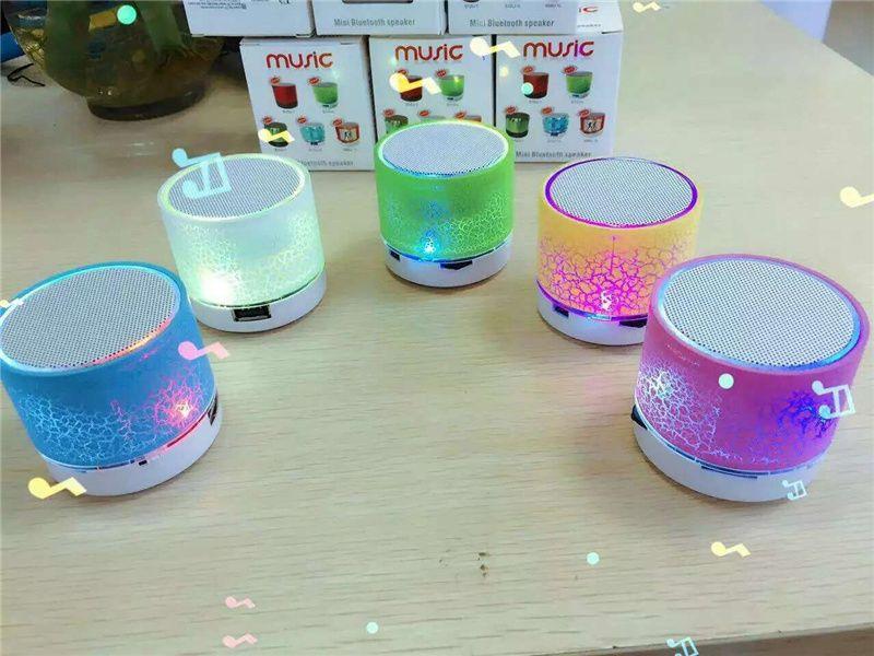 Haut-parleurs Bluetooth LED A9 S10 mains haut-parleur portable sans fil Mini USB libre TF haut-parleur FM Support carte SD PC avec micro
