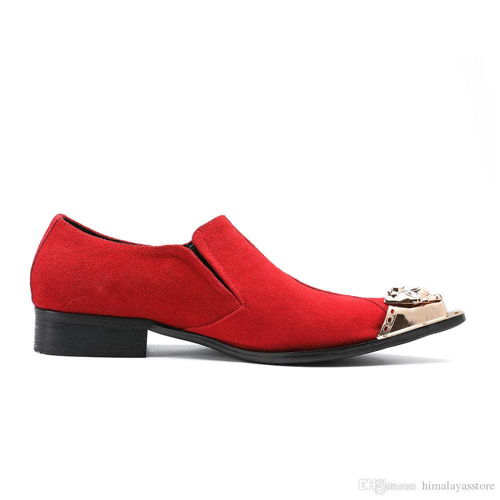 Erkekler Kadife Ayakkabı Metal Ayak İşi Çiçek Nakış Sigara Terlik ile erkekler Flats Moda Düğün Oxfords