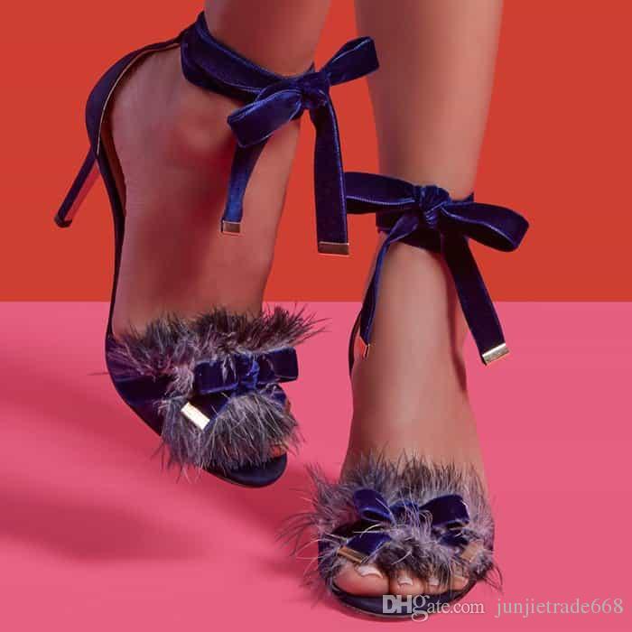 High Top Show Laufsteg Satin Kreuz Riemen Plüsch Blume Dekoration fein mit Rom Schuhe ausgesetzt Zehe sexy Street Frauen Sandalen