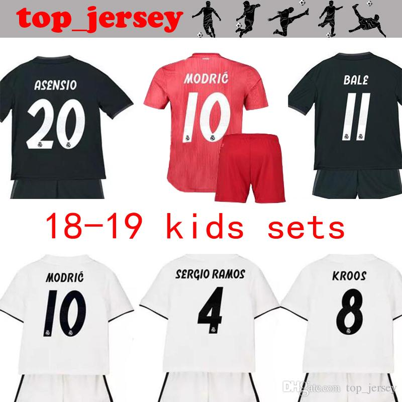 2019 New KIDS Real Madrid Kit Soccer Jersey 18 19 Modric Home Away Red Youth  Child KROOS ISCO ASENSIO BALE Football Jersey Shirt Uniform From  Top jersey c4db410c6