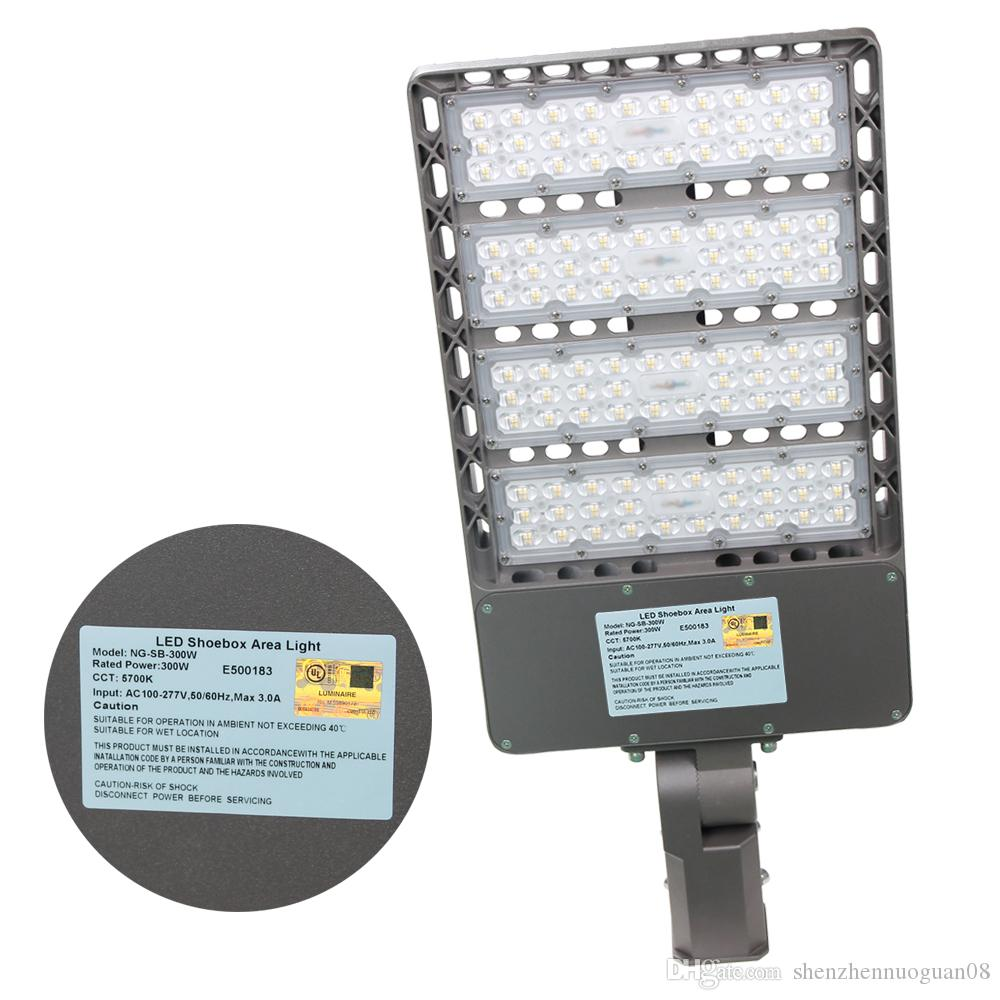300W Slip fitter mount Led area pole Light AC 100-277V Parking Lot retrofit  Lighting IP65 Daylight 5700K White