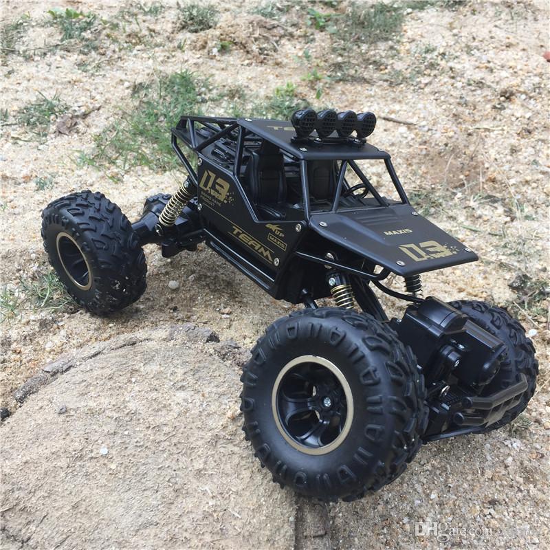سيارة لعبة رانجلر ذات تحكم عن بعد من سبيكة ، عربة حيلة مقاومة للاصطدام ، 2.4G الرباعي تسلق سباق Bigfoot