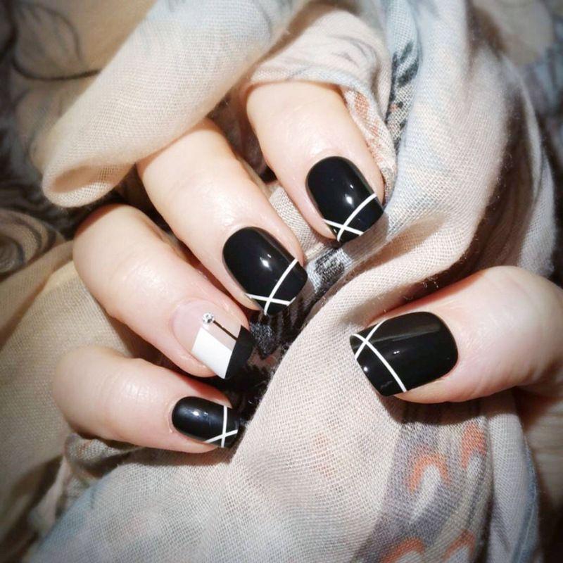 Black White Fake Press On Nails With Diamond Decoration Designs