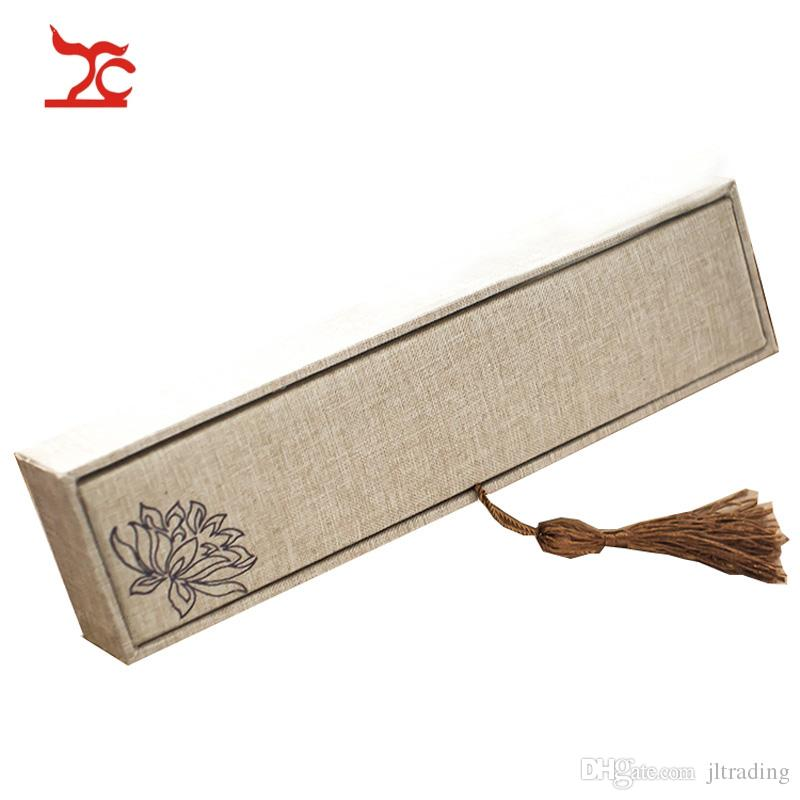 Retro Luxury Tassel Linen Pendant Box Rectangular Flax Calligraphy Lotus Screen Pendant Bracelet Pear Chain Storage Box24*6*4cm
