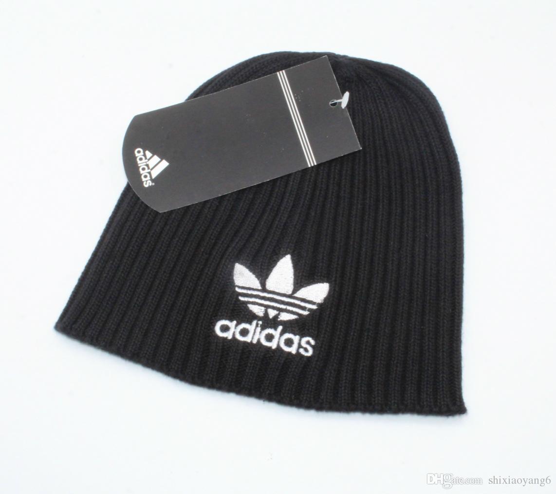 58096bd063a 2018 Winter Fashion Men Beanie Women Knitted Hat Casual Sports Cap ...