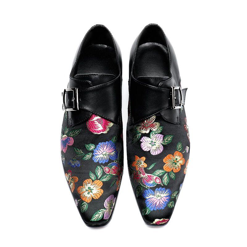 Luxus-Männer rotes Kleid beschuht Art und Weise gesticktes Blumenspitzschuh-Boots-Schuh-Wölbungs-Schwarzes Freizeit-personifizierte Schuhe