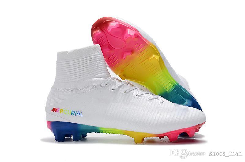 Compre Zapatos De Fútbol Mercurial Superfly V FG Botines De Fútbol 100%  Originales De Rainbow Red White Botas De Fútbol De Tobillo Altas Zapatillas  Ronaldo ... 0bd125adfa508