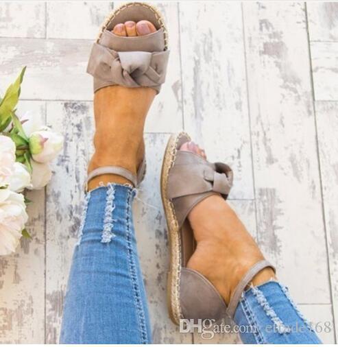 Quente! Sandálias das mulheres Plus Size 35-44 Sandálias Planas Moda Bowknot Sapatos de Verão Mulheres Peep Toe Sapatos Casuais Buckle Strap Sandales Femme