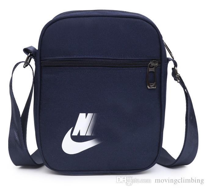 ea9595d06e34 Высокое качество дизайнер креста тела сумки с LettersTick печатных  роскошные сумка мужчины плечо креста тела сумка молнии четыре цвета