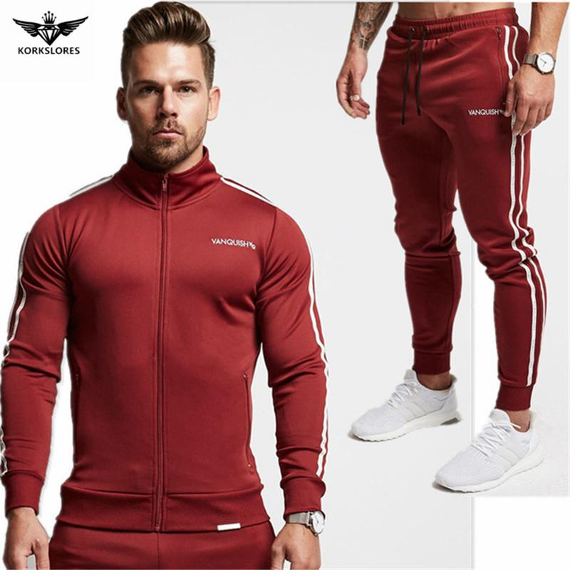 Compre 2018 Primavera Outono Dos Homens Sportswear Moda Esportiva Homens  Roupas Treino De Trilha Masculinas Moletons Homens Plus Size Set De Yonnie a7bfe7a4c76e7