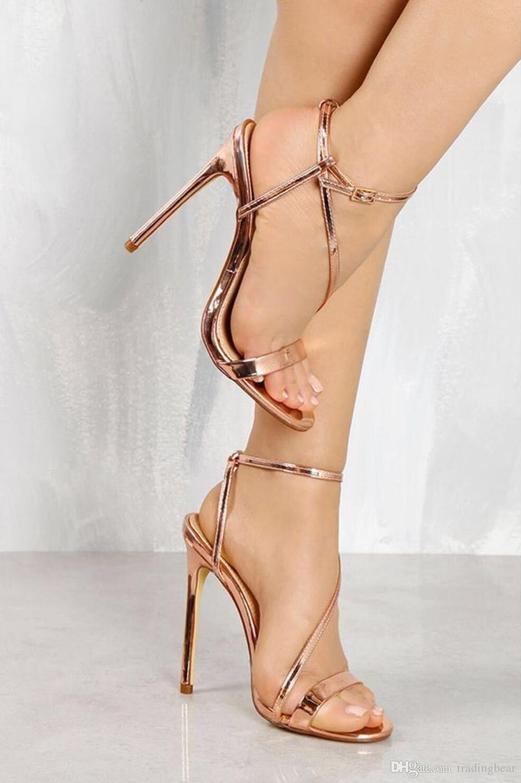 5b5873b597e Compre Luxo Ouro Tornozelo Strappy Sapatos De Salto Alto Sapatos De Grife  Sandálias De Grife Para As Mulheres 2018 Tamanho 35 A 40 De Tradingbear