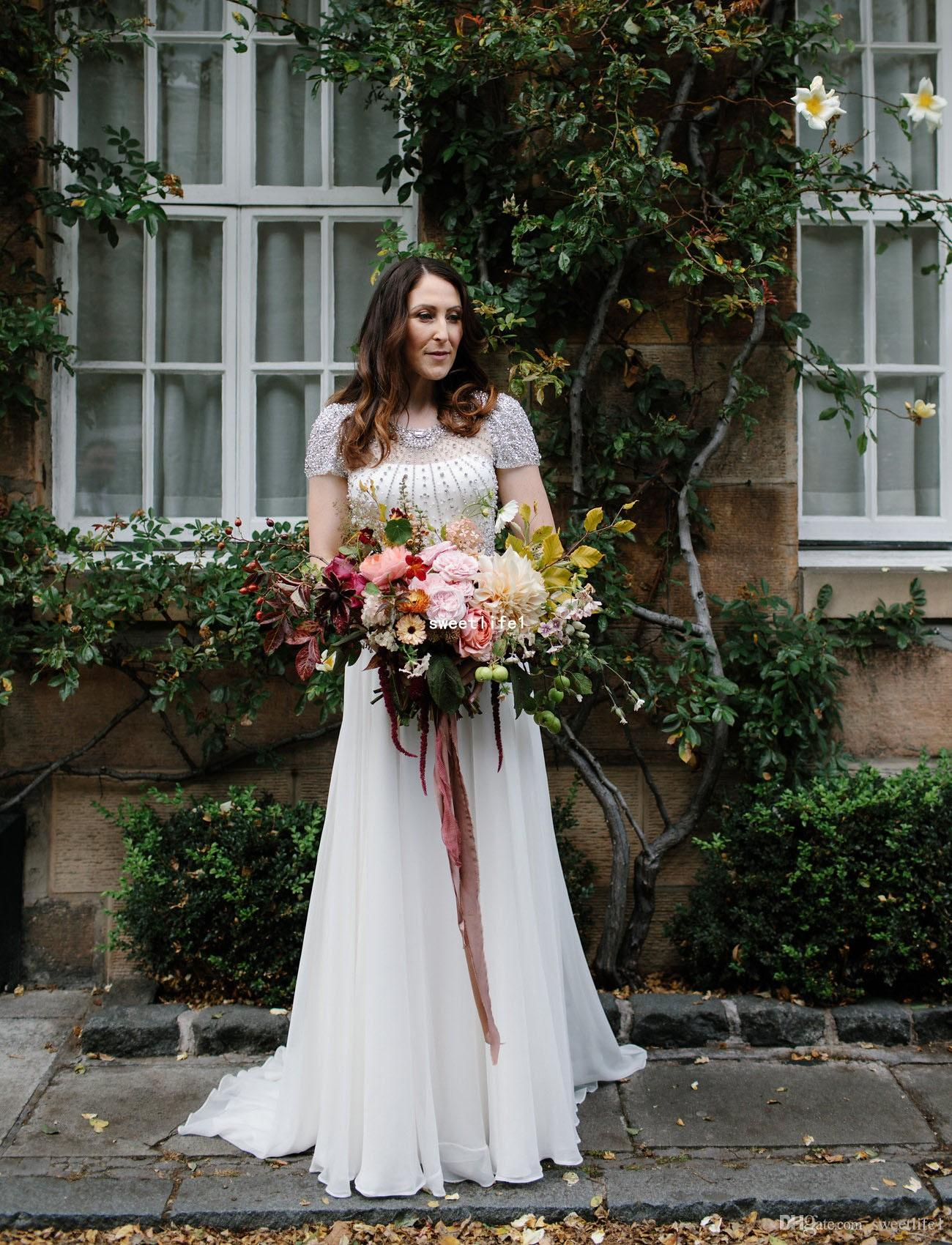 2019 Garden Wedding Dresses Shining Rhinestones Beaded See Though Back Zipper Back A Line Short Sleeve Fairytale Outdoor Bridal Gown