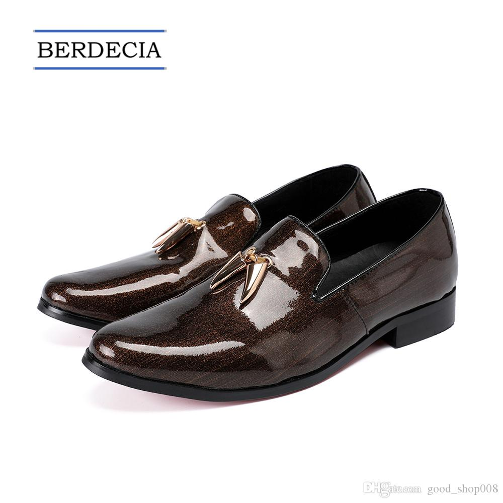 2018 Designer Fashion Italian Nappa Mocassini in vera pelle da uomo Business Shoes Scarpe da sposa marrone Slip on Big Size 38 47