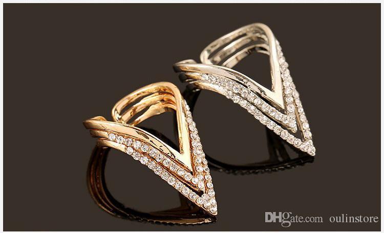 Toptan Kristal Rhinestone Yüzükler Geometrik Üçgen Yüzük Gül Altın Gümüş Renk Punk Yüzükler Kadınlar Için Hediyeler