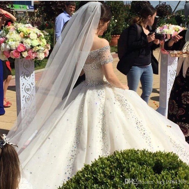 Splendido abito da sposa strass di cristallo con paillettes Perline Off spalla manica corta Abito da sposa saudita Attraente Tulle Ball Gown Wedding Dres