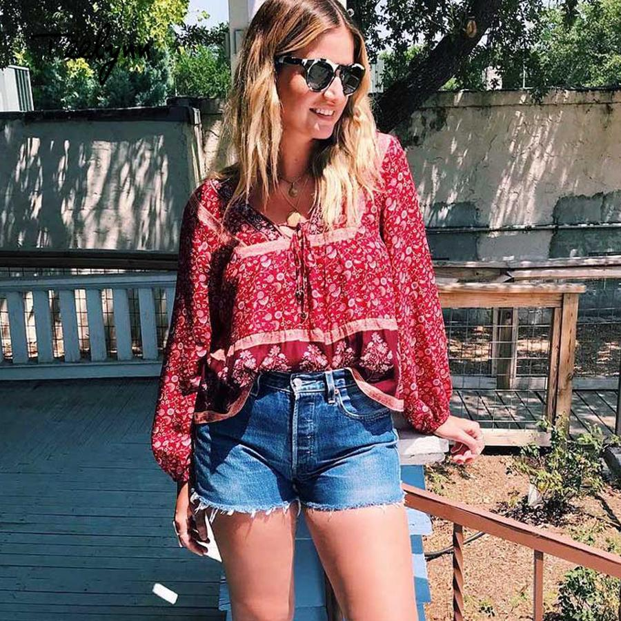 de140cee2 TEELYNN Boho blusa 2018 outono vermelho estampas florais blusas sexy Com  Decote Em V manga longa blusa Bohemia rayon mulheres blusas Hippie TOP