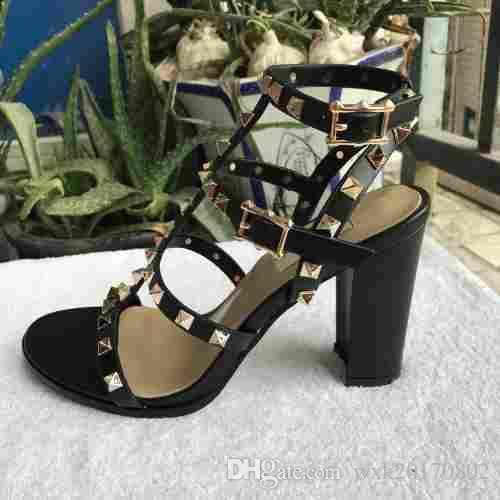Yeni 2018 yeni Avrupa kadın perçinler sandalet ile 9.5 cm yüksek perçinler moda sandalet 6 renk boyutları 35-41