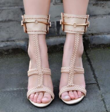 Frauen Schuhe 2018 Frau Sandalen Sommer Metallketten High Heels Mode Knöchel Warp Schuhe für Damen Freies Verschiffen