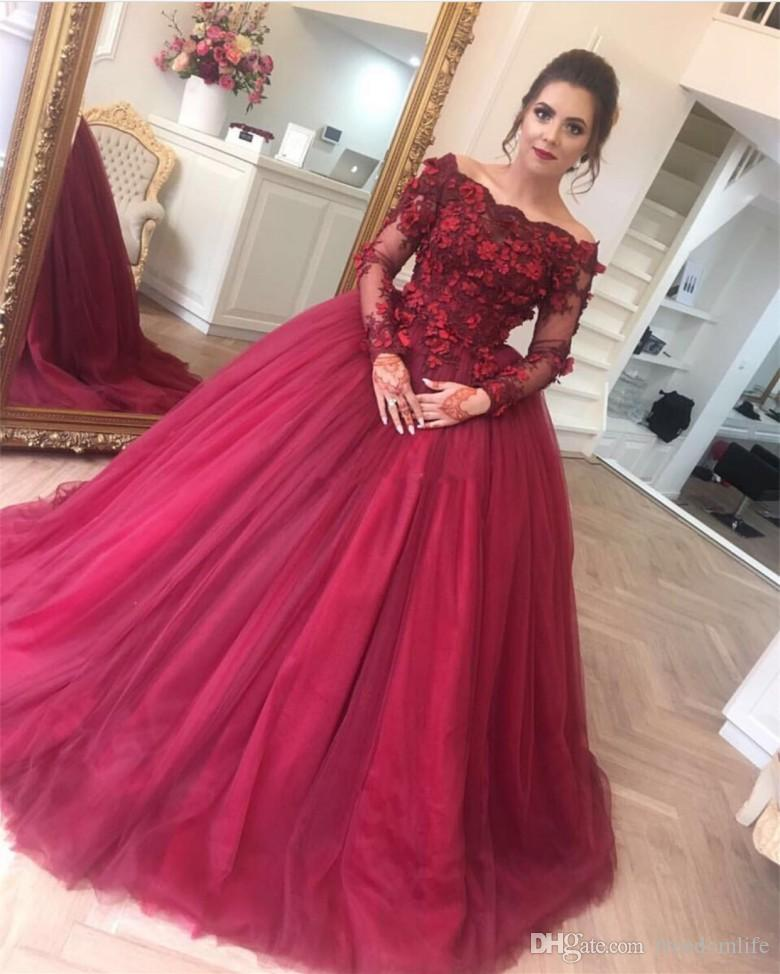 Modest Princess Burgundy Evening Dresses Long Sleeve Lace Applique Off the Shoulder Organza Prom Dress Lace Sweep Train Party Gowns