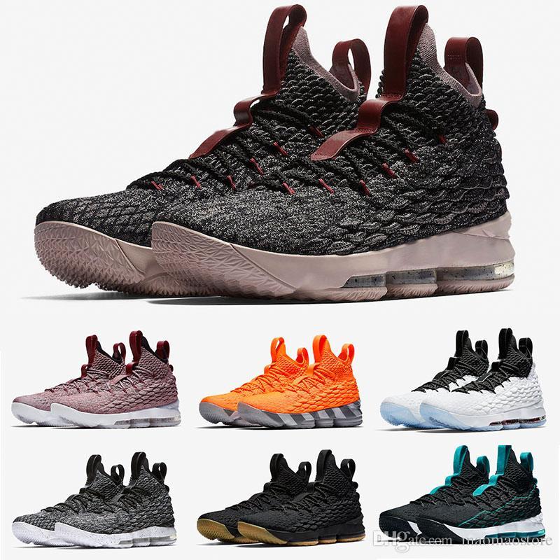 purchase cheap e77f6 932ac Acquista Nike LeBron 15 2018 Nuovo Arrivo James 15 EQUALITY Nero Bianco Scarpe  Da Basket Uomo AAA + Qualità Quali Sono Le Scarpe Da Ginnastica Da ...