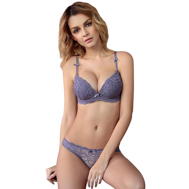 ca4f62e03 Compre Marca De Alta Qualidade Bra Briefs Define Sutiã Das Mulheres Push Up  Lace Fina E Grossa Das Mulheres Sexy Underwear Calcinha Set Roxo Sutiãs De  Luxo ...
