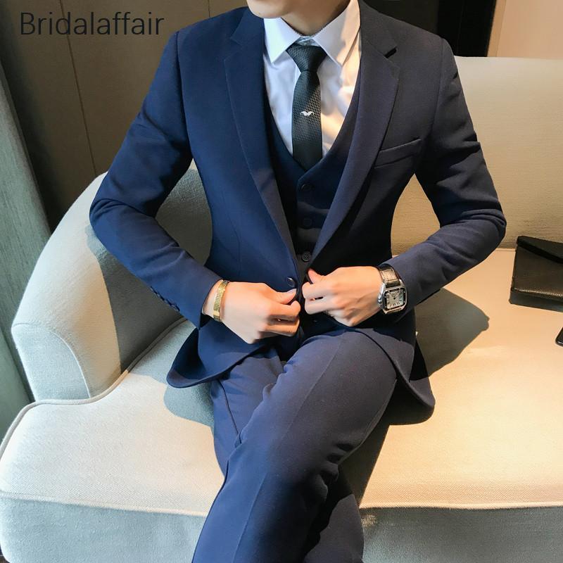 Compre Maravilloso Traje Azul Marino Para Hombre 3 Piezas Traje Formal Para  Hombre Prom Wedding Esmoquin Novio Esmoquin Ajustado Traje Para Hombre  Conjunto ... ffaafa485771