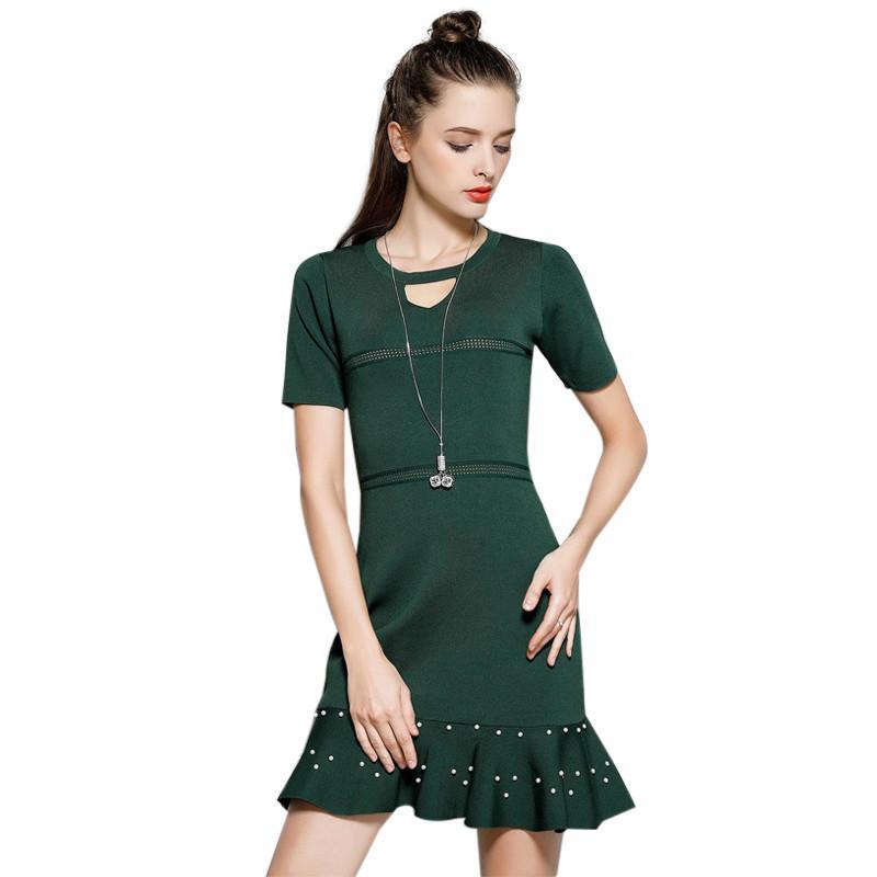d1af98b19561a Acheter Nouveau 2018 Femmes Simple A Line Dress Hiver V Cou À Manches  Courtes Genou Longueur Robe Elegnat Femmes Casual Solide Robes De $42.03 Du  ...