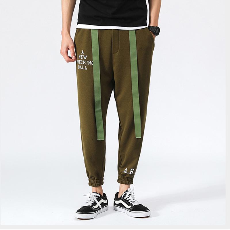 09aee6d4a8 pantaloni casual uomo hip hop nastri harem pantaloni uomini lettere stampa  verde militare nero pantaloni della matita pantaloni della tuta maschile ...