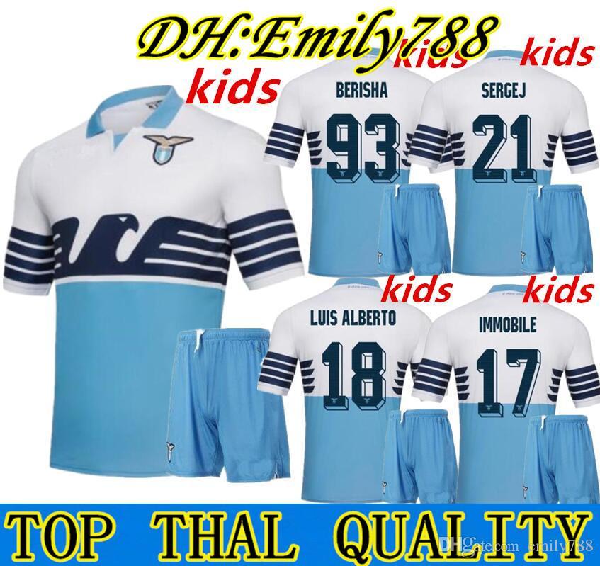 Kit Infantil 2019 Lazio Home Blue Soccer Jersey 18 19 Lazio Camisetas De  Fútbol 17 IMMOBILE 21 SERGEJ 19 LULIC 10 LUIS ALBERTO Camiseta De Fútbol En  Rebajas ... 7f98923be9209