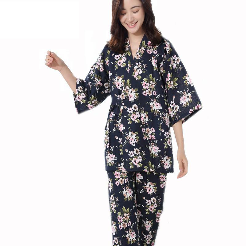 3f0b52663a Compre Ropa De Mujer Para Pijama De Verano Establece Pijama De Cuello En V  Pijama De Satén Pijama De Algodón Para Mujer Con Estampado De Flores  Conjunto De ...
