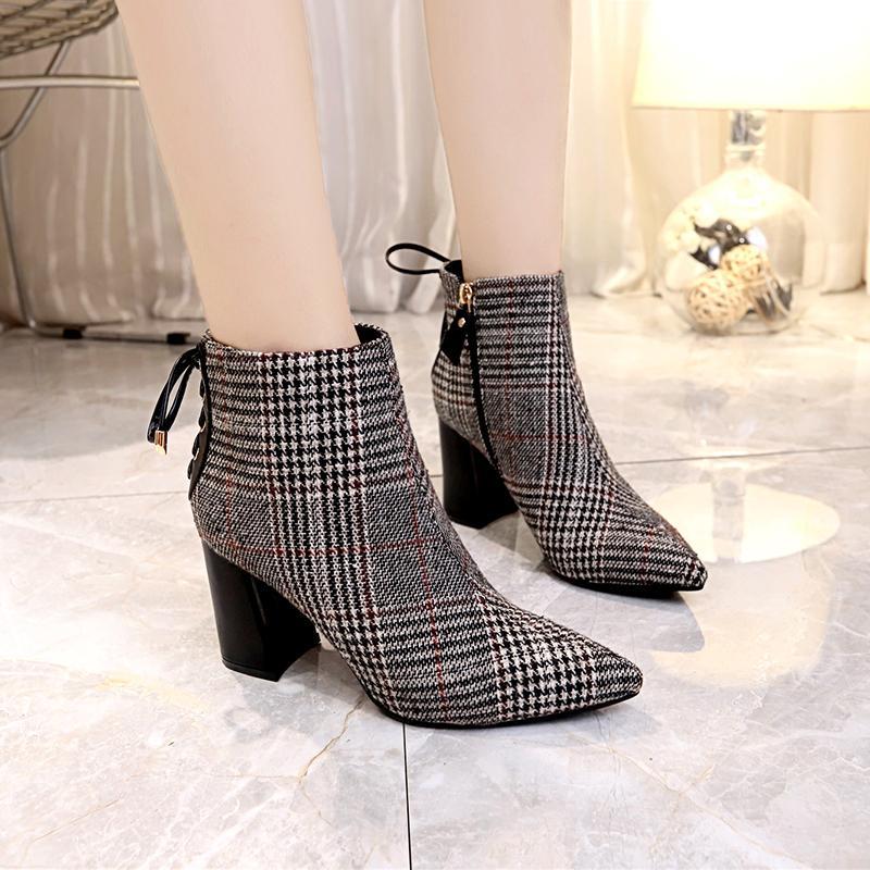 a1a669350c36d1 Acheter 2019 Grande Taille Femmes Bottes Mode Plaid Bout Pointu Chaussures  À Talons Hauts Chaussures De Femmes Sexy Automne Hiver Bottines Femme De  $22.88 ...