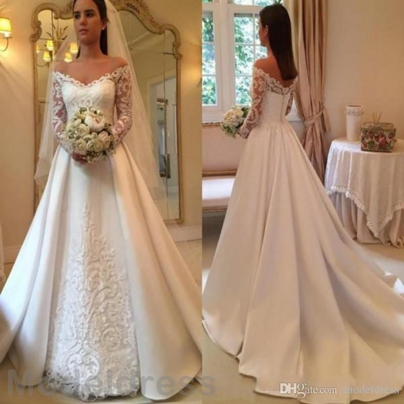 2018 Vintage Ball Gown Wedding Dresses V-Neck Backless Long Sleeve White Satin Appliques Court Train Bridal Gowns Robe De Mariage Plus Size