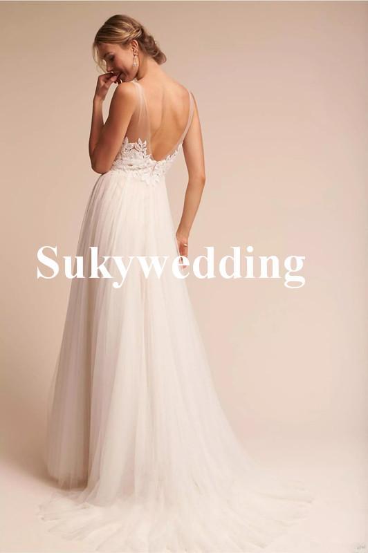 Elegant Lace Tulle Summer Beach Wedding Dresses BHLDN A Line V Neck Pleats Appliques Bridal Gowns Vintage Wedding Reception Dress