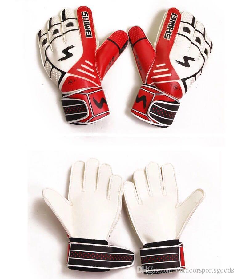 Goalkeeper gloves and gloves for children's goalkeeper gloves and children's extra thick latex anti-skid football training