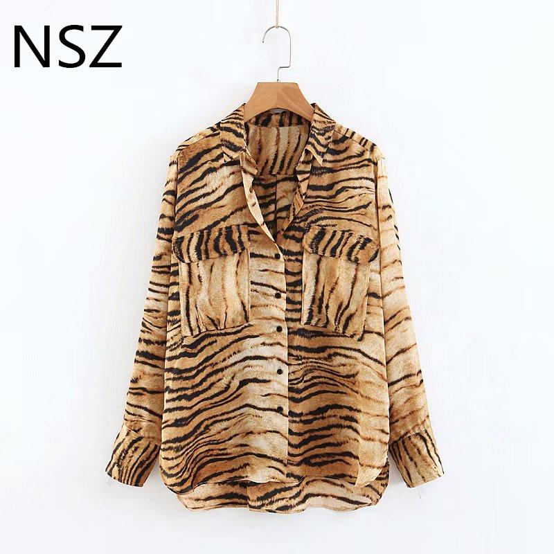 a3e54693d4b Compre Mujeres Animal Print Tiger Blusa Camisa De Bolsillo De Manga Larga  Turn Down Mujer Casual Loose Chic Wild Top Blusas Mujer A  22.78 Del  Edwiin04 ...