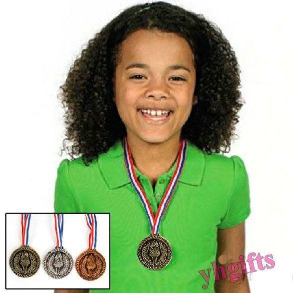 3PCS/LOT Plastic one side trophy cup Kids sports medal Silver Medal Bronze  medal Outdoor games Kidsreward Kids toys 5cm