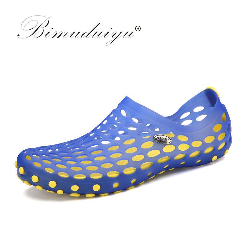 34f5912d980 Compre BIMUDUIYU Hombres De La Marca De Lujo Zapatos De Playa De Verano  Sandalias De Los Hombres Casuales Sandalias De Plástico De Moda Hombre  Cueva De ...