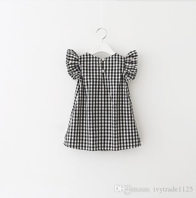 2018 INS sıcak satış yaz kız çocuklar ekose elbise çocuklar yuvarlak yaka uçan kol zarif elbise ücretsiz gemi