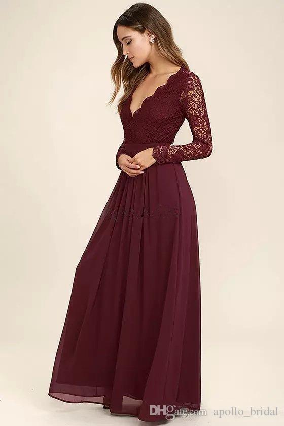 2021 Burgandy 국가 들러리 드레스 라인 V 넥 긴 소매 층 길이의 신부 들고 가운 레이스 쉬폰 웨딩 게스트 드레스