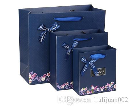 Çiçek hediye kutusu ambalaj poşetleri Giyim kağıt torba Hediye paketleme poşetleri logo basılabilir 15 * 14 * 7 CM