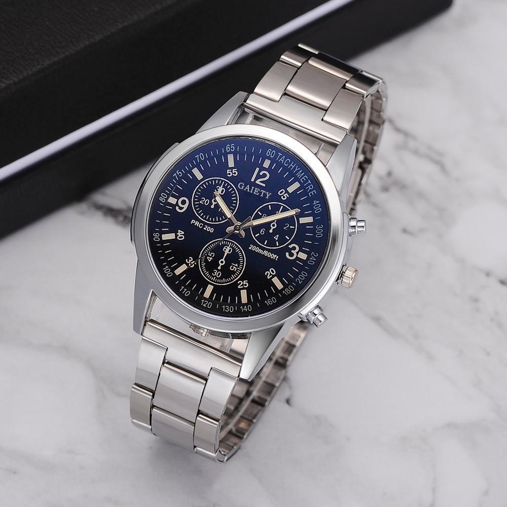 29c04df85e7e Compre Moda Hombre Para Mujer Cuarzo Analógico Reloj De Pulsera Delicado Reloj  Para Hombre Relojes De Primeras Marcas De Lujo De Negocios Relogio  Masculino ...