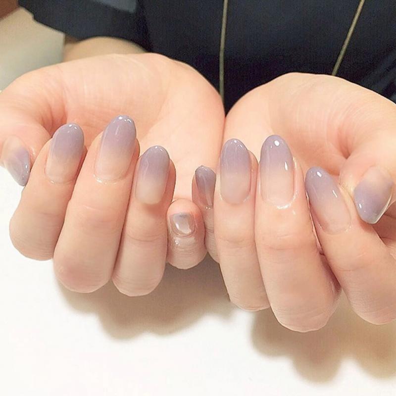 Novo 24 pçs / set sexy nude cor gradiente roxo Arte Do Prego Falso Com cola simples cor Prego Falso Ponta Acabado manicure adesivo unhas