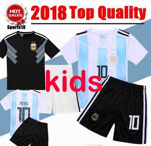 6352f78046 Compre 2018 Copa Do Mundo Top Argentina Futebol Jersey Crianças Kit 2018  Argentina Home Branco Camisas De Futebol MESSI Crianças Camisas De Futebol  Uniforme ...