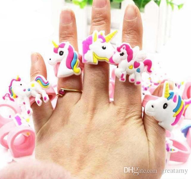 Hot sale cute cartoon unicorn ring unicorn birthday party favors supplies kids baby finger ring toys kids Christmas Birthday gift