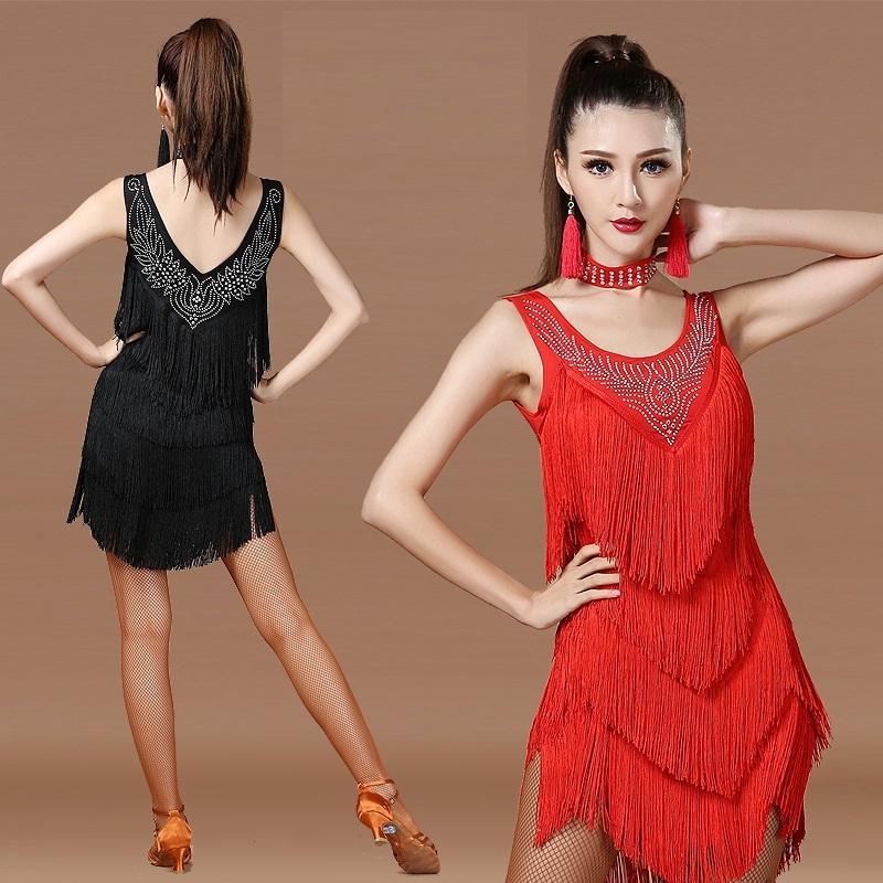 f6802a5a2 Compre Fringe Lantejoulas Adulto Traje Tango Saias Com Franja Dança Latina  Mulheres Dançando Salão De Baile Vermelho Salsa Competição Salsa Lantejoula  ...