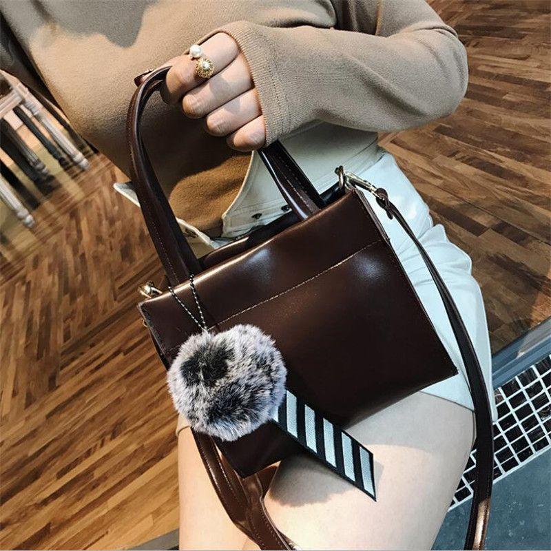 385eebf525 Fashion Bags 2018 Women Handbags Casual Tote Bags Women Crossbody Bag TOP  Handle Bag With Fluffy Ball Mens Shoulder Bags Shoulder Bags For Men From  ...
