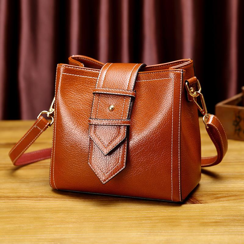72cb40c0a909 2019 Fashion Crossbody Tote Bags Ladies Genuine Leather Handbag Women S  Small Shoulder Messenger Bag Female Top Handle Bag Tassels New T18 Mens  Shoulder ...