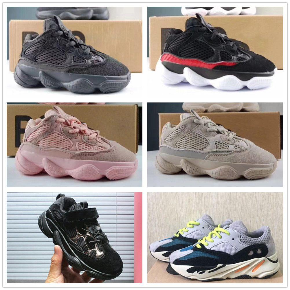 adidas yeezy scarpe